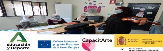 Formación de familias en el CEIP Victoria Díez: 7 mamás aprenden a tocar el violín